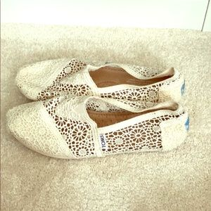 Crochet ivory lace toms - worn once!!!